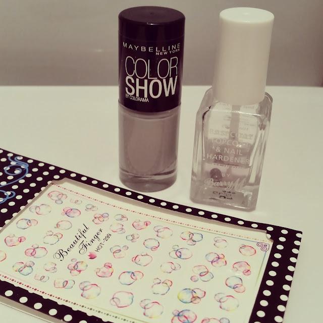 40-great-nail-art-ideas-grey-colour-circles-manicure (3)