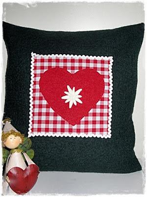 margritli filztaschen blog passend zum valentinstag. Black Bedroom Furniture Sets. Home Design Ideas