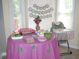 The Food Table My Mom Saw This Cute Idea To Take Cheap Table Clothes
