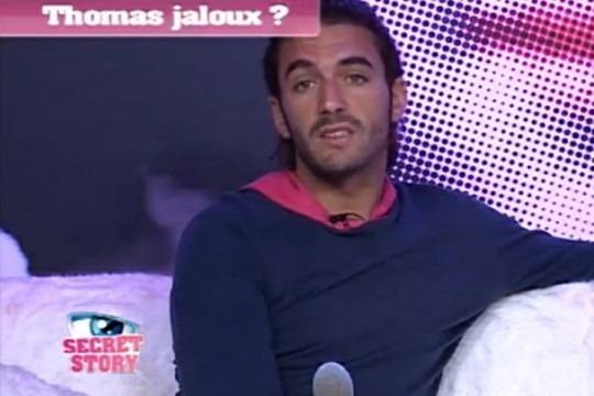 Thomas jaloux de Julien Secret Story 6