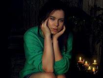 Elizabeth Henderson, 19 l.