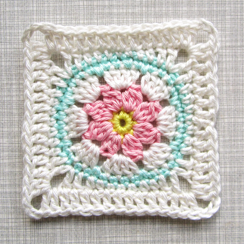 how to change colour in crochet granny square