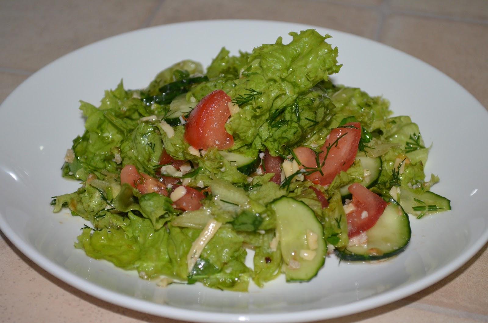 Рецепт приготовления салата из листьев салата