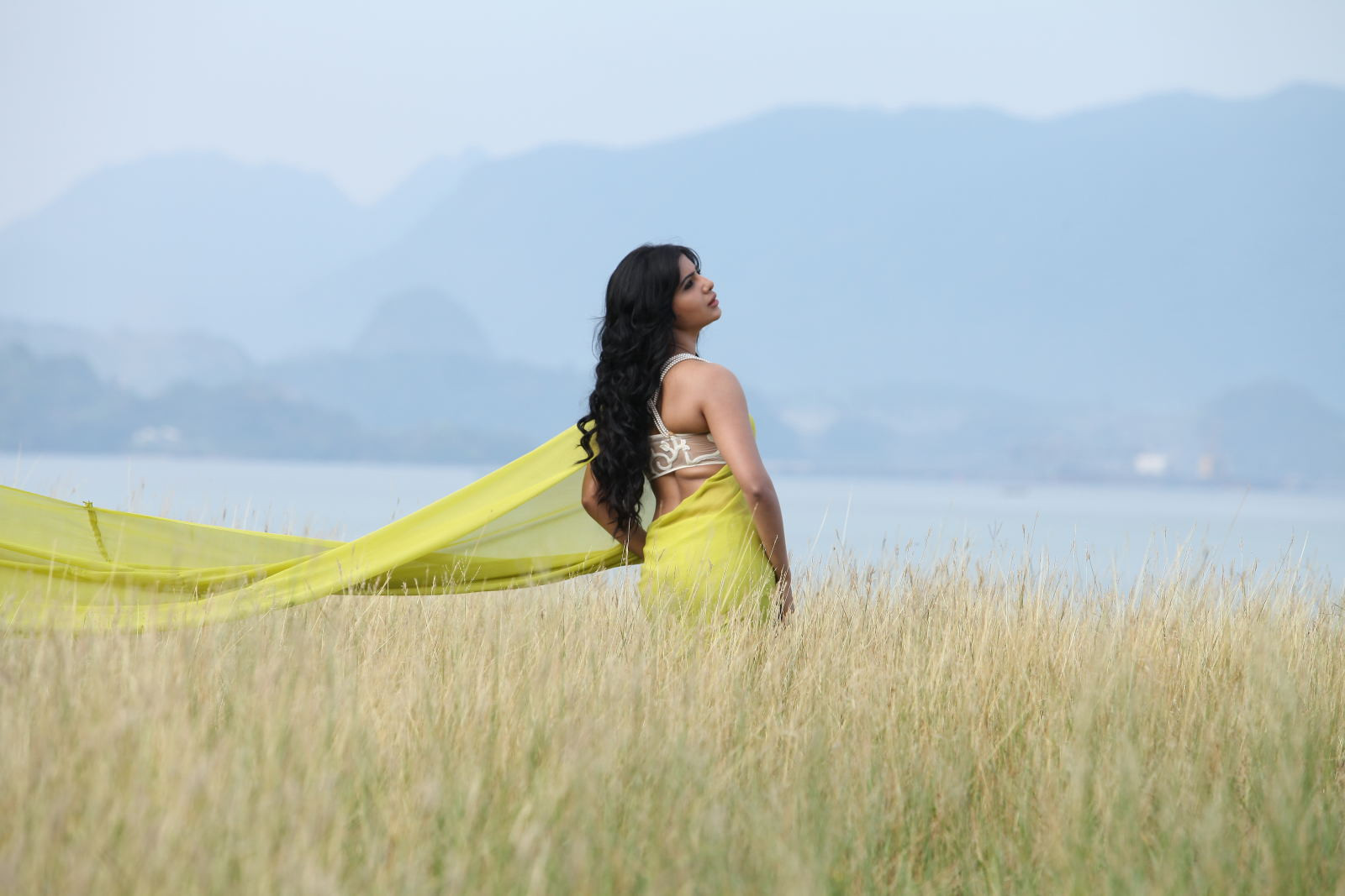 Telugu movie Jabardast Movie Stills Photos Gallery. Sidharth Samantha ...