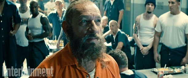 "Ben Kingsley como El Mandarín en  ""All Hail the king"""
