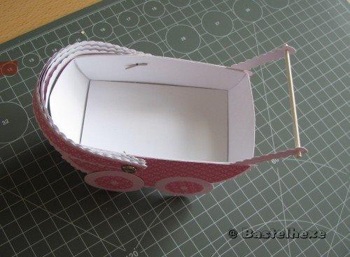 bastelhexe 39 s kreativecke babywagen anleitung. Black Bedroom Furniture Sets. Home Design Ideas