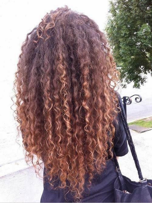 Niesforne Amp Pokręcone Jak Dbać O Kręcone Włosy