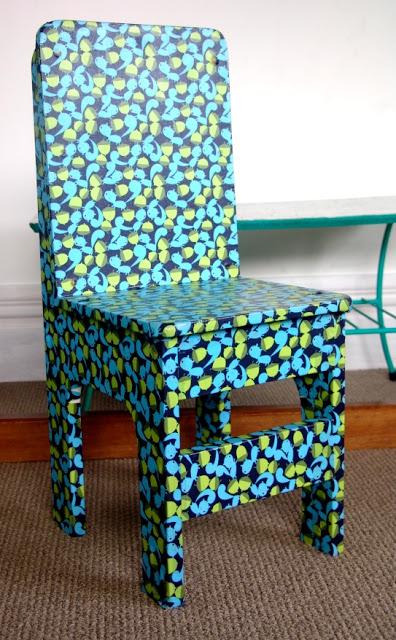 kolorowe krzesło decoupage