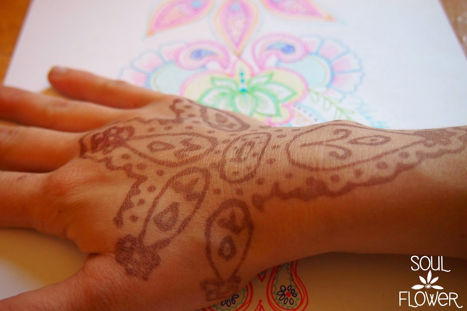 make henna design - How to Create a Henna Design