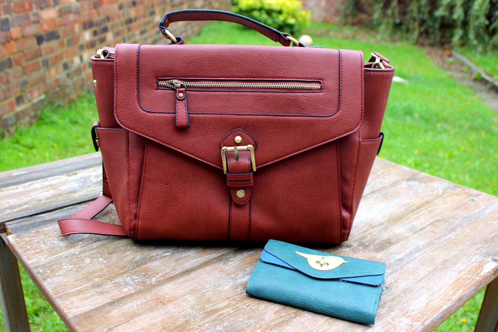 UK Lifestyle, Fashion & Beauty Blog: Accessorize - The Willesden Satchel & Chester Chubby Bird Wallet review