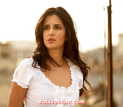 Katrina Kaif in Ek Tha Tiger - Salman Khan's Leading Ladies Photos - Who  Looks the Best?