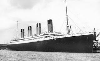 gambar kapal titanic