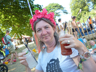 drinks in a field british summer festival jam jar cocktail