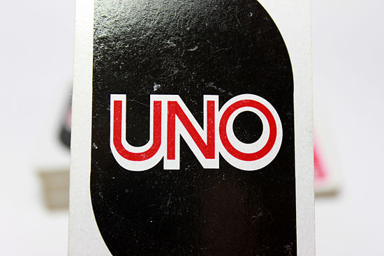 how to play uno cards 2 players