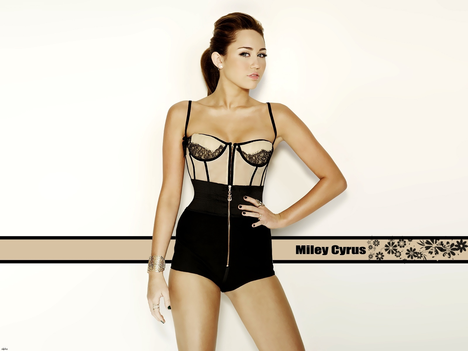 27 <b>Miley Cyrus</b> Chrome Themes, Desktop Wallpapers &amp- More for Real ...