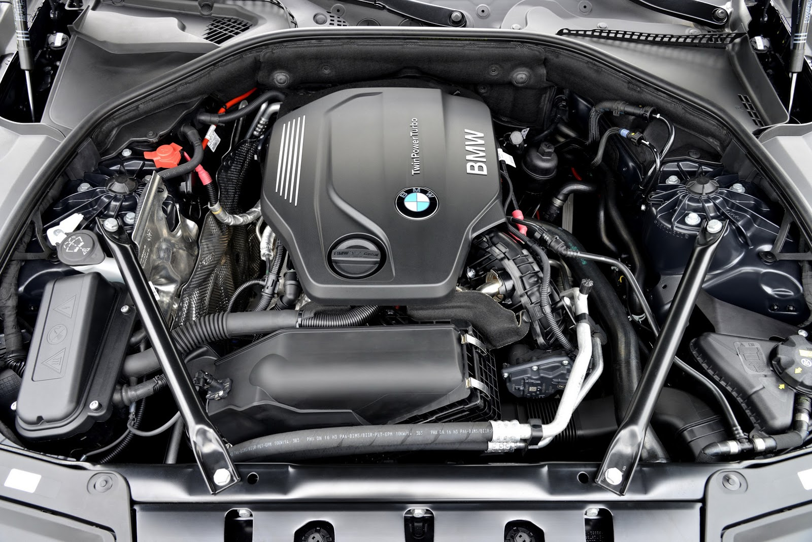BMW Launches New D And D In Europe Pics Carscoops - 528d bmw