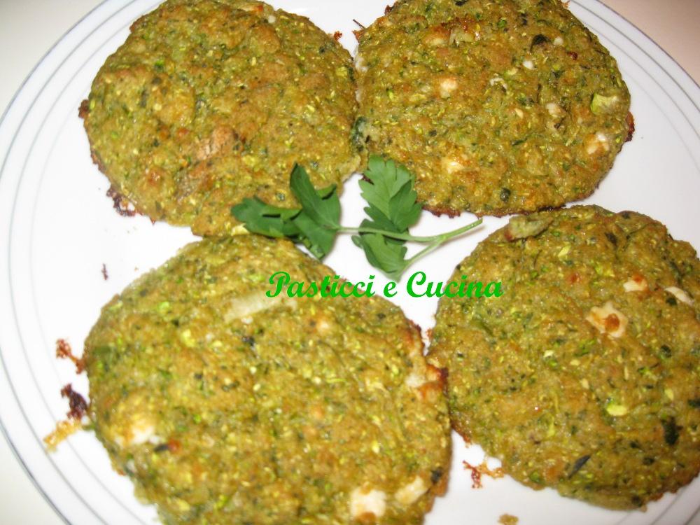 Pasticci e cucina frittelle di zucchine greche di mamma papera 39 s blog - Cucina e pasticci ...