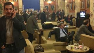 Δείτε τον τιμοκατάλογο του κυλικείου της Βουλής και βάλτε τα γέλια!!