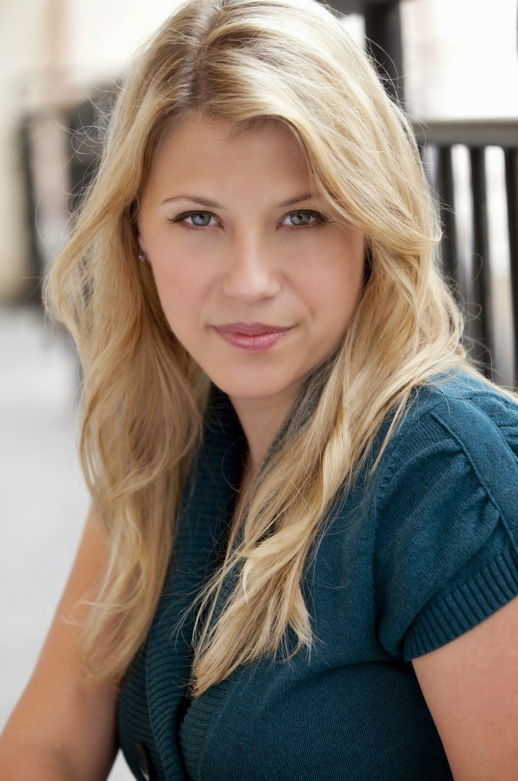 Jodie sweetin for Beauty full home
