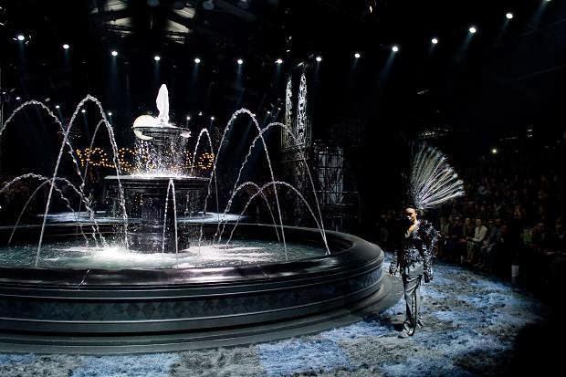 Louis Vuitton SpringSummer 2014 RTW – Paris Fashion Week