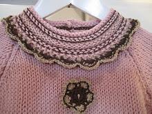 Detalj fra strikkekjolen til Prinsessa!