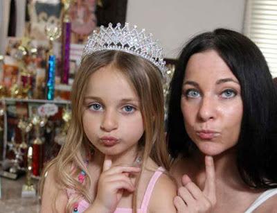 الطفلة إيزابيلا باريت أجمل وأغنى طفلة في العالم