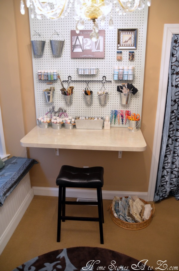 Lonie mae blog getting the office tidy for Craft room pegboard accessories
