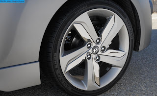 Hyundai veloster car 2013 tyres/wheel - صور اطارات سيارة هيونداى فيلوستر 2013