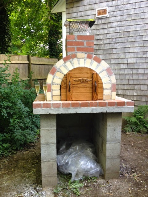 PIZZA OVEN, OUTDOOR PIZZA OVEN, BRICK OVEN, DIY PIZZA OVEN, BRICKWOOD OVENS