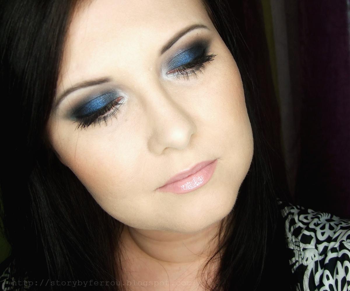 Ferrou Makeup Blog Makijaż Kosmetyki Blue Smoky Eyes Makijaż