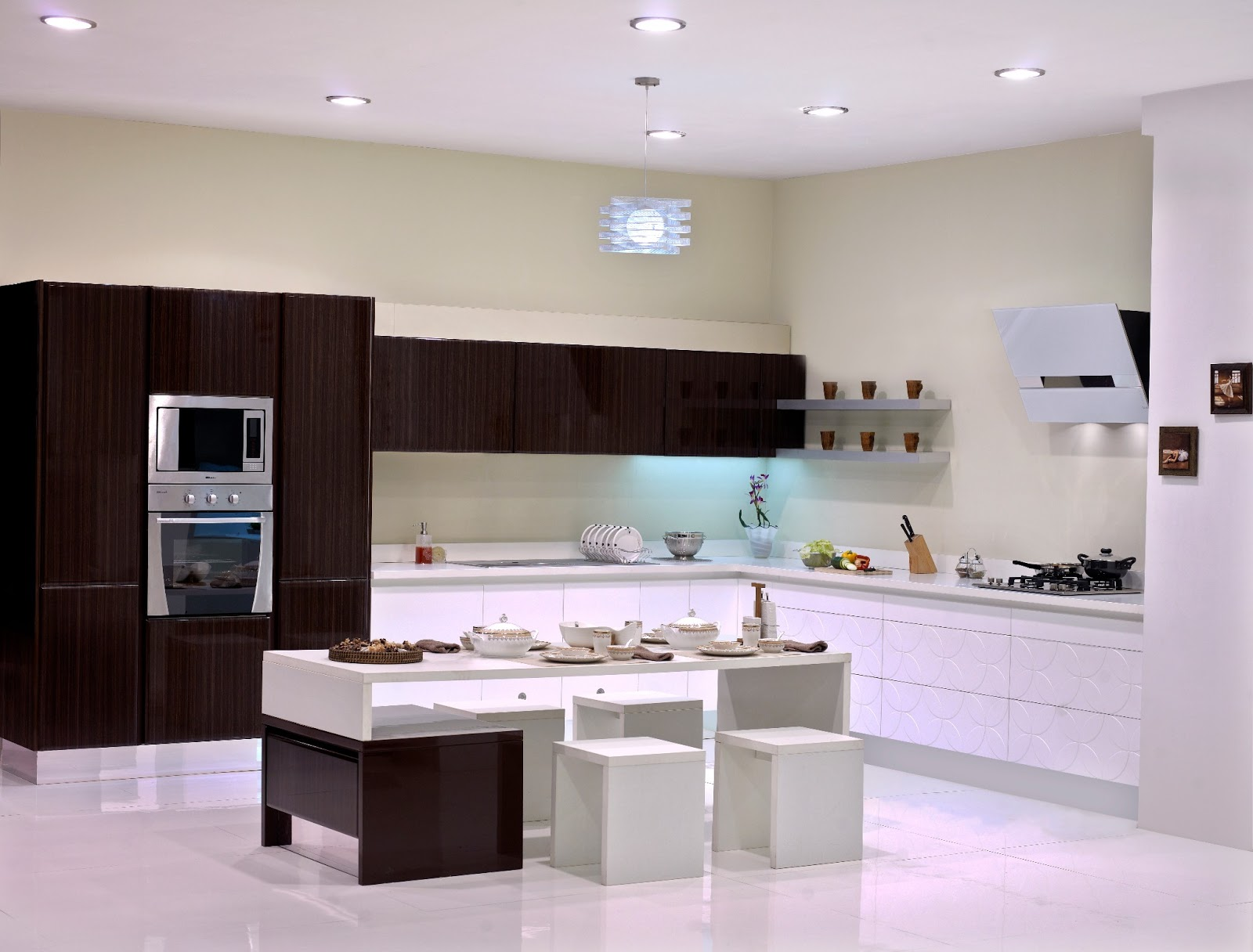 Sleek modular kitchen http sleekkitchens with design for Sleek kitchen design ideas