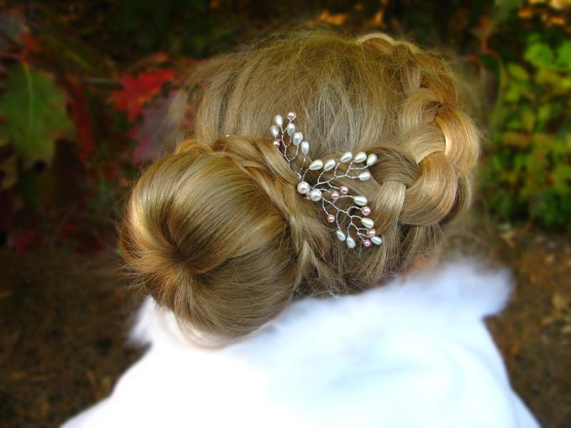Ślubna kokówka z perłami