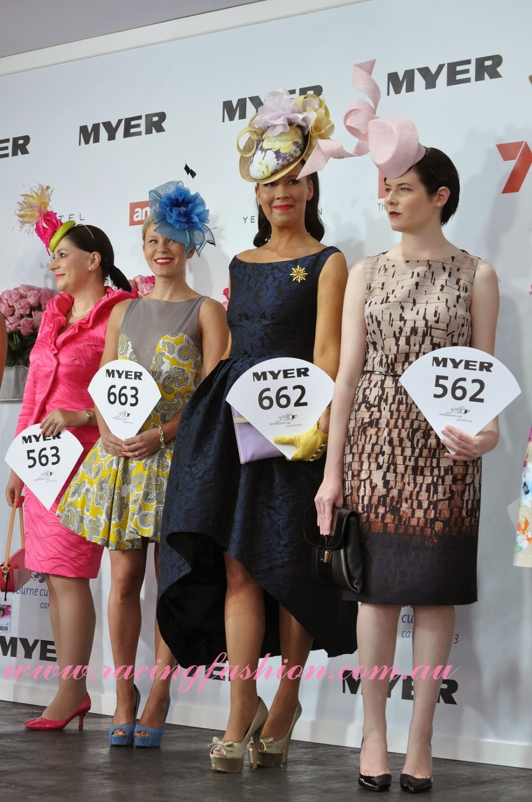 ELLE s Best Dressed From The 2017 Kennedy Oaks Day ELLE 70