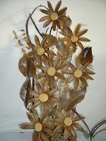Flores artesanais em madeira