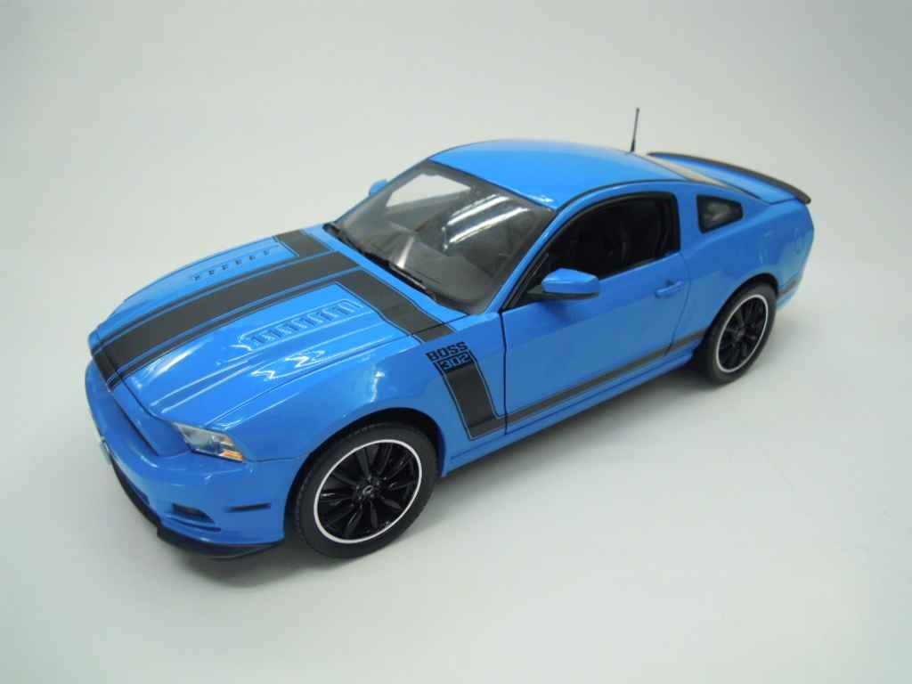 Ford Model Cars #450 Shelby Diecast 2013 Ford Mustang Boss 302 Grabber Blue/Black