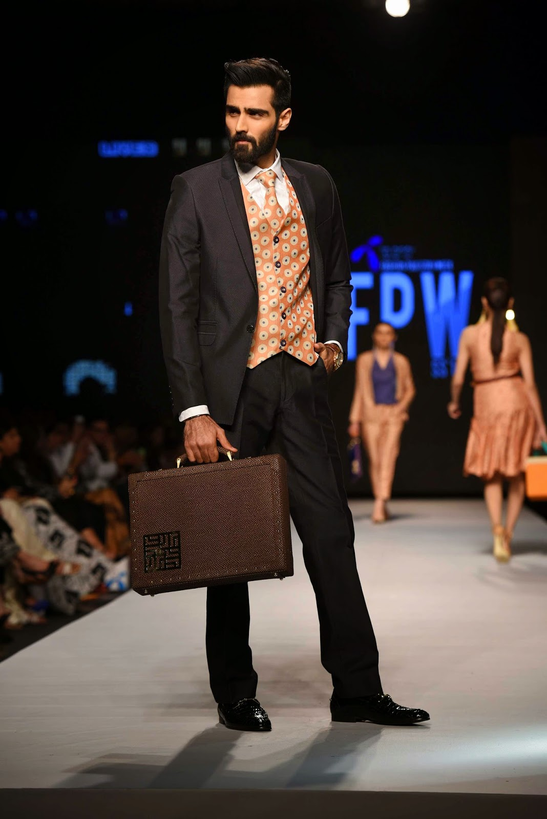 hasnain lehri jafferjees briefcase TFPW15