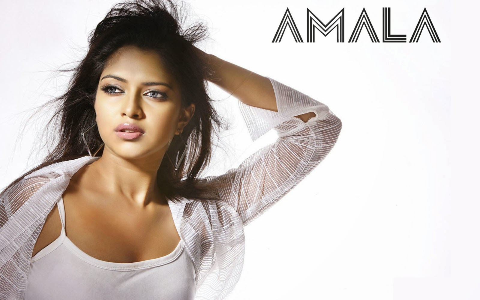 Download Amala Paul Hd wallpaper in Laptop and desktop
