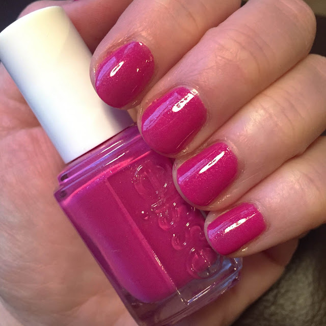 Essie, Essie The Girls Are Out, nails, nail polish, nail lacquer, nail varnish, Essie Summer 2013 collection, #ManiMonday, manicure, Mani Monday