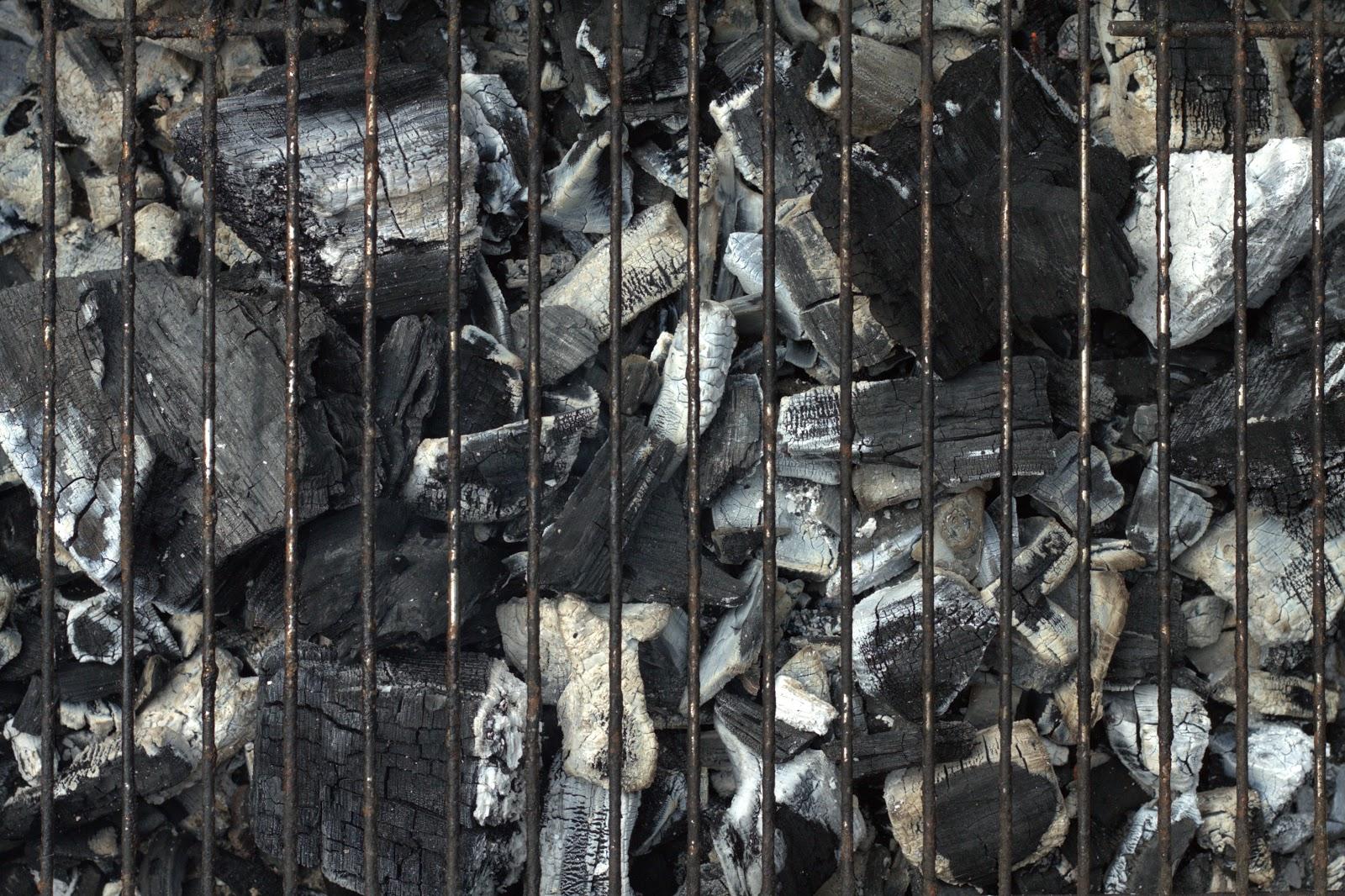 BBQ charcoal coal grill texture 4742x3159