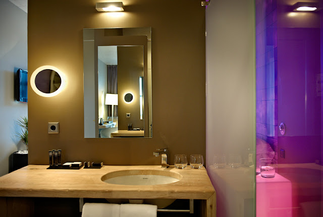 Hotel Viura, The Contemporary Architecture by Designhouse - Inspiring Modern Home