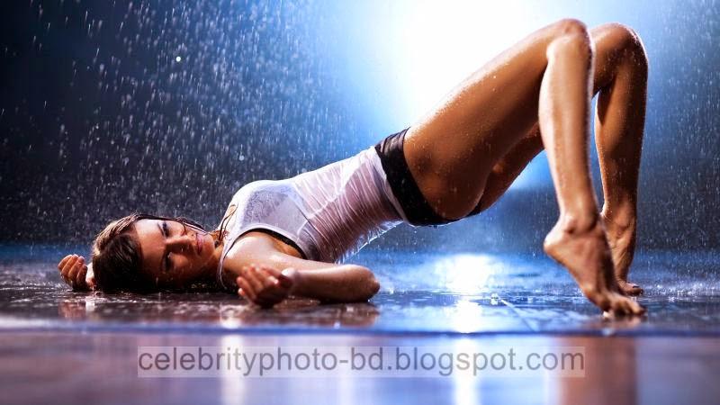 Bathing%2BGirls%2BPhotos014