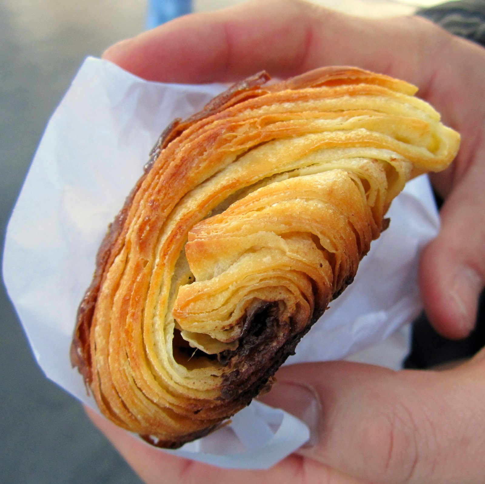 Du Pain et des Idée Pain Au Chocolat Paris France