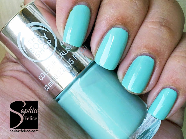 colour crush nails 640 mint cream