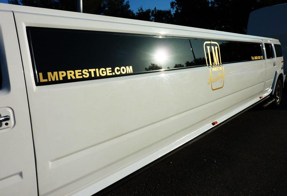 hummer limousine location hummer limousine. Black Bedroom Furniture Sets. Home Design Ideas