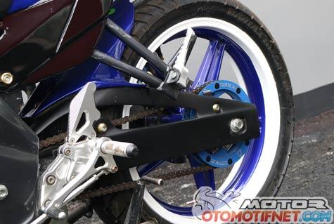 Modifikasi New Vixion Lightning Movistar Biru