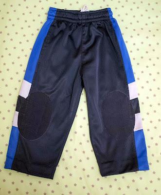 Cómo quitar las rodilleras viejas de los pantalones