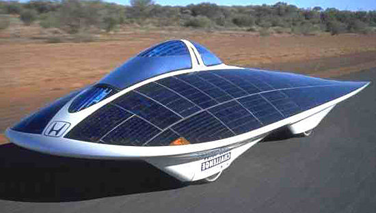 Coche alimentado por energía solar