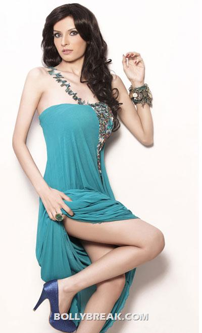 Saeeda Imtiyaz Hot Pics - Pakistani Actress In Bollywood  - Saeeda Imtiyaz Hot Pics - Pakistani Actress In Bollywood
