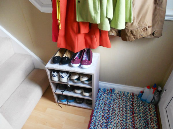 The finished shoe rack
