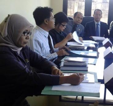 PTUN Gelar Sidang Perdana Gugatan Khofifah ke KPU Jatim